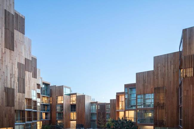Unusual_cascade_residential_complex_in_Stockholm-Sweden-016