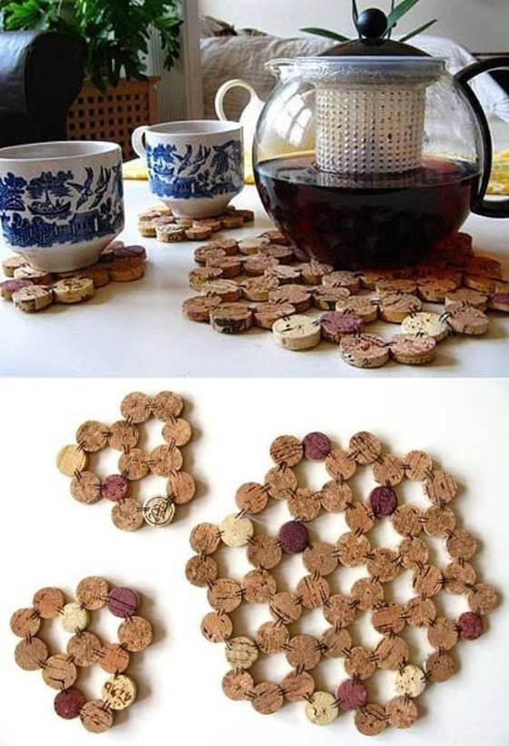 Wine_cork_crafts_and_Wine_cork_table-006