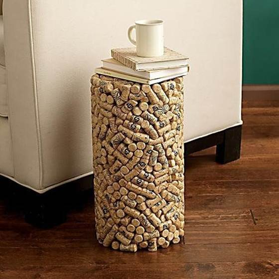 Wine_cork_crafts_and_Wine_cork_table-012