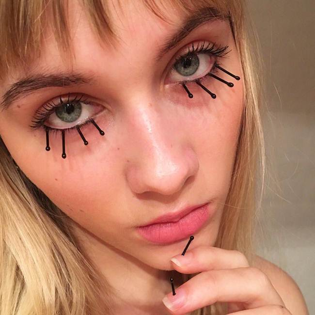 Curly-eyelashes-A-new-trend-in-makeup-by-Sophie-Petersen_011