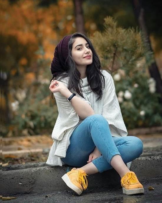 Indian-Desi-girls-Selfie-013