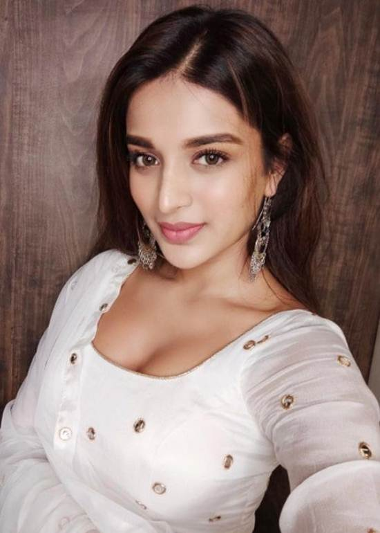 Indian-Desi-girls-Selfie-014