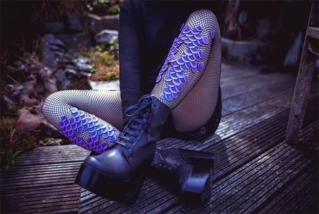 Unique-Tentacle-Leggings-by-Daniel-Struzyna-012