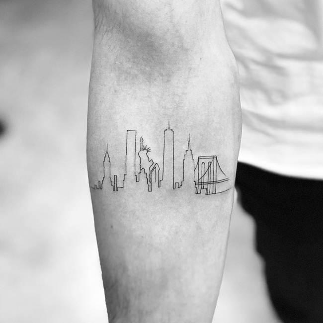 Special-One-line-tiny-tattoo-019