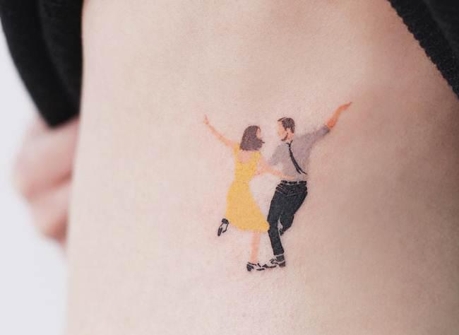 Special-One-line-tiny-tattoo-028